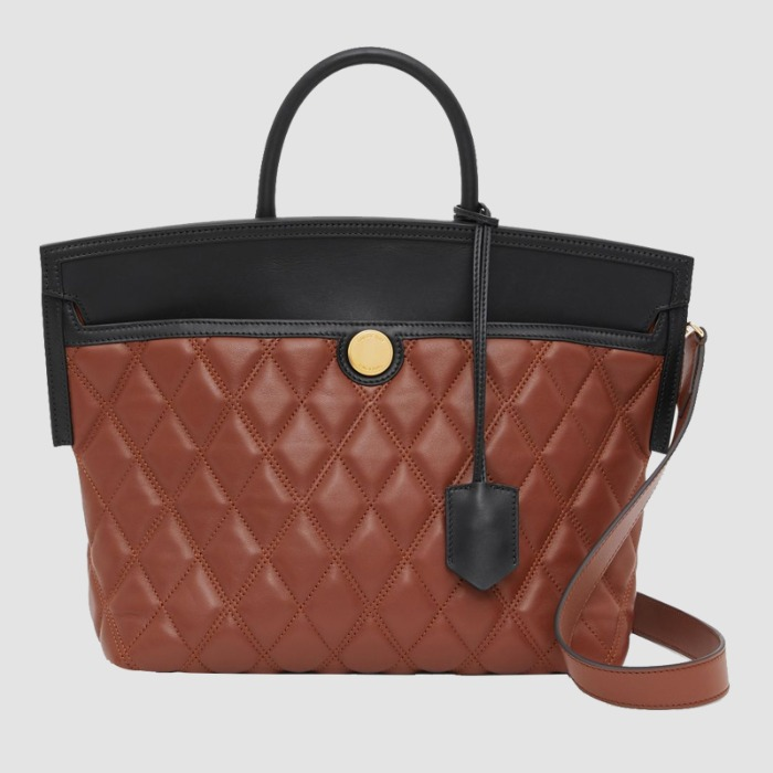 유럽직배송 버버리 스몰 토트백 BURBERRY Small Quilted Leather Society Top Handle Bag 80231251