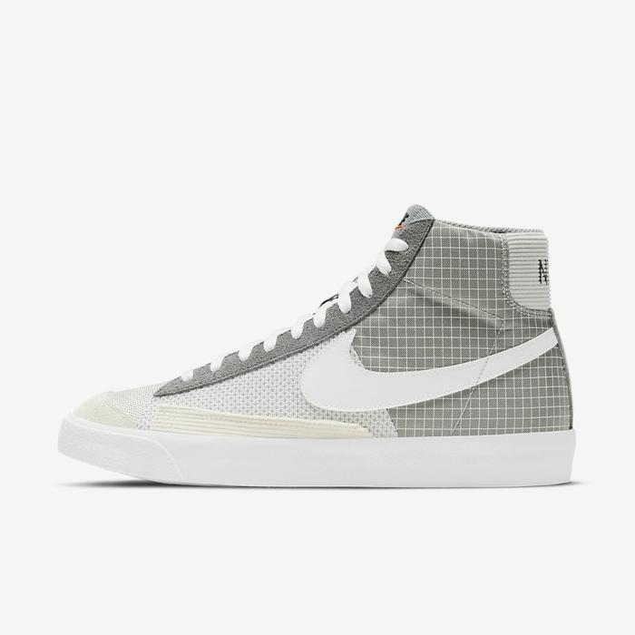유럽직배송 나이키 NIKE Nike Blazer Mid '77 Patch Men's Shoe DD1162-001